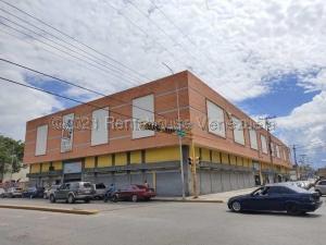Local Comercial En Ventaen Maracay, Zona Centro, Venezuela, VE RAH: 21-17061