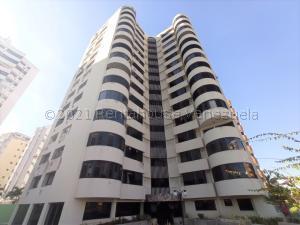 Apartamento En Ventaen Valencia, Los Mangos, Venezuela, VE RAH: 21-17078