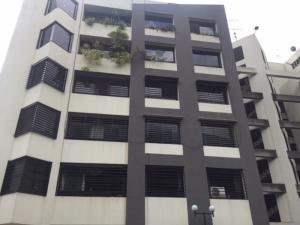 Apartamento En Ventaen Caracas, Los Palos Grandes, Venezuela, VE RAH: 21-17074