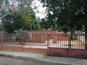 Terreno En Ventaen Municipio San Francisco, Sierra Maestra, Venezuela, VE RAH: 21-17293