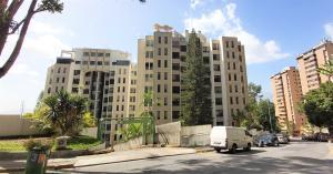 Apartamento En Ventaen Caracas, Los Naranjos Del Cafetal, Venezuela, VE RAH: 21-17086