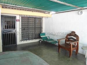 Casa En Ventaen Maracay, Jose Felix Ribas, Venezuela, VE RAH: 21-17115