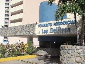 Apartamento En Ventaen Catia La Mar, Playa Grande, Venezuela, VE RAH: 21-17406
