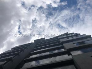 Oficina En Ventaen Valencia, Carabobo, Venezuela, VE RAH: 21-17133