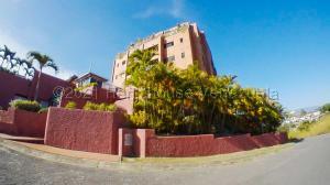Apartamento En Ventaen Caracas, Lomas De La Trinidad, Venezuela, VE RAH: 21-15196