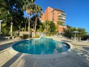 Apartamento En Ventaen Caracas, Villa Nueva Hatillo, Venezuela, VE RAH: 21-12652