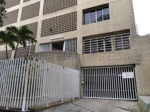 Apartamento En Ventaen Parroquia Caraballeda, Caribe, Venezuela, VE RAH: 21-17191