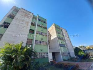 Apartamento En Ventaen Municipio Naguanagua, Casco Central, Venezuela, VE RAH: 21-17478