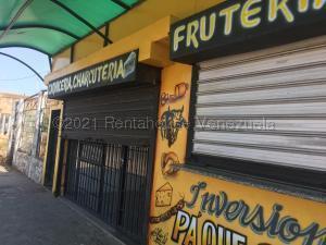 Local Comercial En Ventaen La Concepcion, Via Principal, Venezuela, VE RAH: 21-17206