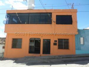 Casa En Ventaen Barquisimeto, Centro, Venezuela, VE RAH: 21-17353