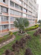 Apartamento En Ventaen Caracas, El Encantado, Venezuela, VE RAH: 21-17226
