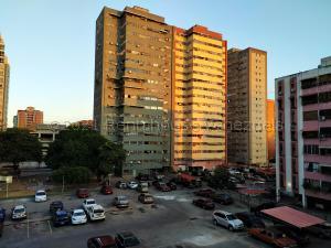 Apartamento En Ventaen Maracay, Base Aragua, Venezuela, VE RAH: 21-17469