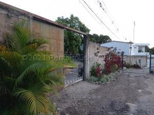 Terreno En Ventaen Maracay, Lomas De Palmarito, Venezuela, VE RAH: 21-17387
