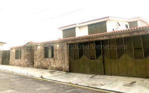 Casa En Ventaen Municipio Naguanagua, Carialinda, Venezuela, VE RAH: 21-17545