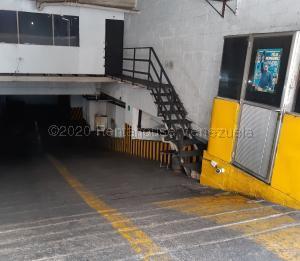Local Comercial En Ventaen Caracas, Parroquia Altagracia, Venezuela, VE RAH: 21-17290