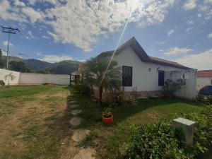 Casa En Ventaen Municipio San Diego, La Cumaca, Venezuela, VE RAH: 21-17302