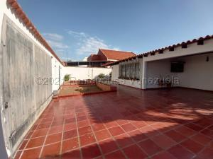 Casa En Ventaen Maracaibo, Los Olivos, Venezuela, VE RAH: 21-17321