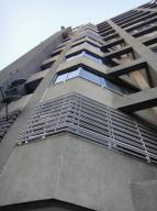 Apartamento En Ventaen Caracas, San Bernardino, Venezuela, VE RAH: 21-17303