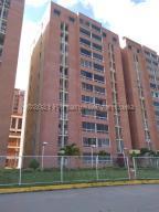 Apartamento En Ventaen Caracas, El Encantado, Venezuela, VE RAH: 21-17319