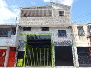 Edificio En Ventaen Barquisimeto, Centro, Venezuela, VE RAH: 21-17360
