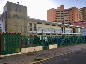 Apartamento En Ventaen Maracaibo, Paraiso, Venezuela, VE RAH: 21-17372