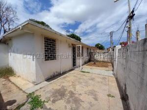 Casa En Ventaen Maracaibo, San Jacinto, Venezuela, VE RAH: 21-17397