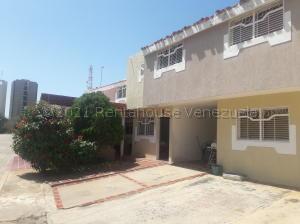Townhouse En Ventaen Maracaibo, El Pilar, Venezuela, VE RAH: 21-6733