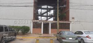 Apartamento En Ventaen Guatire, El Marques, Venezuela, VE RAH: 21-18120