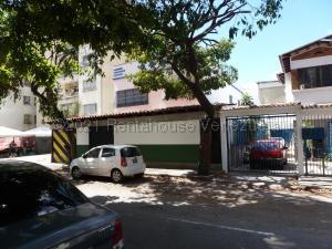 Casa En Ventaen Caracas, Los Chaguaramos, Venezuela, VE RAH: 21-17593