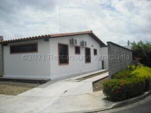 Casa En Ventaen Araure, Parque Cedral, Venezuela, VE RAH: 21-17433