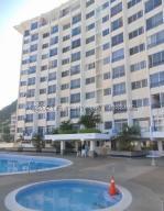 Apartamento En Ventaen Parroquia Caraballeda, Caribe, Venezuela, VE RAH: 21-17451