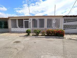 Casa En Ventaen Maracay, Villas De Aragua, Venezuela, VE RAH: 21-17466