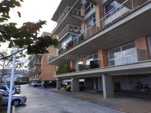 Apartamento En Ventaen Caracas, Alto Hatillo, Venezuela, VE RAH: 21-17515