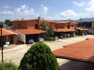 Casa En Ventaen Municipio Naguanagua, Tazajal, Venezuela, VE RAH: 21-17558
