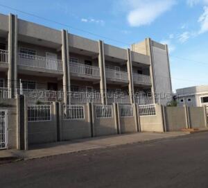 Apartamento En Ventaen Maracaibo, Monte Bello, Venezuela, VE RAH: 21-17561