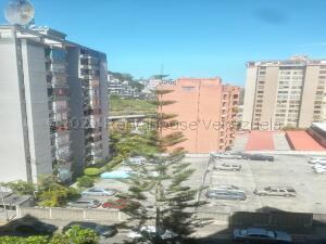 Apartamento En Ventaen San Antonio De Los Altos, Los Salias, Venezuela, VE RAH: 21-17613
