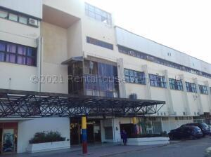 Oficina En Ventaen Valencia, Zona Industrial, Venezuela, VE RAH: 21-17655