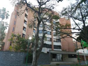 Apartamento En Alquileren Caracas, Campo Alegre, Venezuela, VE RAH: 21-17665