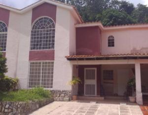Townhouse En Ventaen Municipio Naguanagua, La Entrada, Venezuela, VE RAH: 21-17670