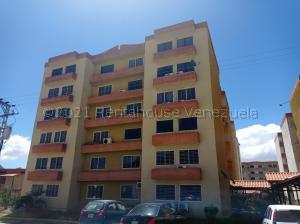 Apartamento En Ventaen Municipio San Diego, Monteserino, Venezuela, VE RAH: 21-17700