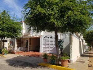 Casa En Ventaen Maracaibo, La Limpia, Venezuela, VE RAH: 21-18173