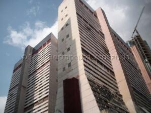 Apartamento En Ventaen Caracas, Parque Central, Venezuela, VE RAH: 21-18010
