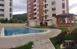 Apartamento En Ventaen Municipio Naguanagua, El Rincon, Venezuela, VE RAH: 21-17736