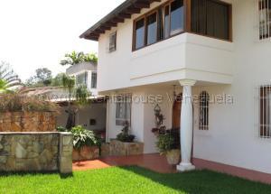 Casa En Ventaen Caracas, Santa Paula, Venezuela, VE RAH: 21-17755