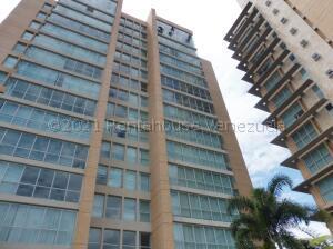 Apartamento En Ventaen Caracas, Campo Alegre, Venezuela, VE RAH: 21-17810