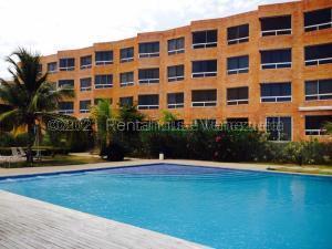 Apartamento En Ventaen Higuerote, Carenero, Venezuela, VE RAH: 21-17872