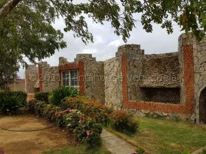 Club Campestre En Ventaen Sierra De Falcon, Coro-Churuguara, Venezuela, VE RAH: 21-17770