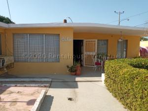 Casa En Ventaen Maracaibo, La Rotaria, Venezuela, VE RAH: 21-17771