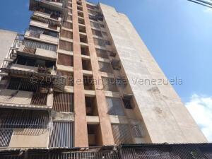 Apartamento En Ventaen Caracas, Parroquia Altagracia, Venezuela, VE RAH: 21-17779