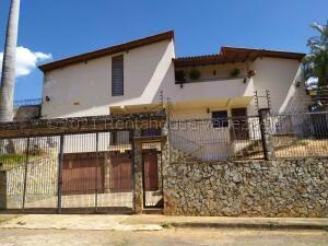 Casa En Ventaen Valencia, Lomas Del Este, Venezuela, VE RAH: 21-17802